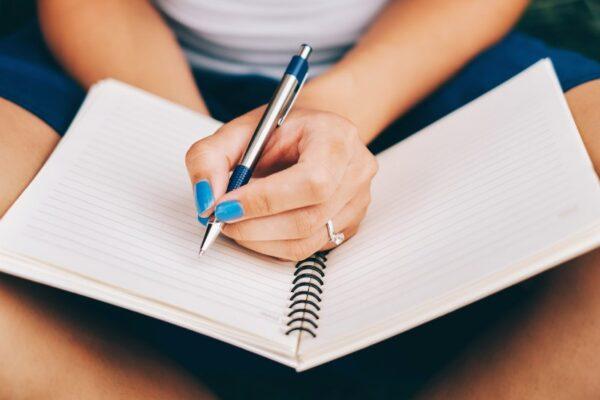 Coger o cojer: cómo se escribe